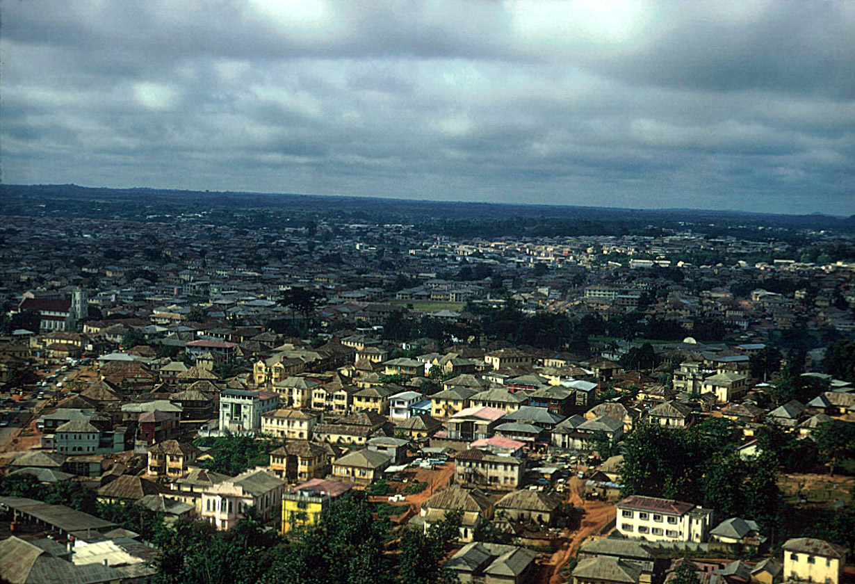 https://wayfromibadan.files.wordpress.com/2013/07/full_view_of_old_quarter_ibadan_1959.jpg