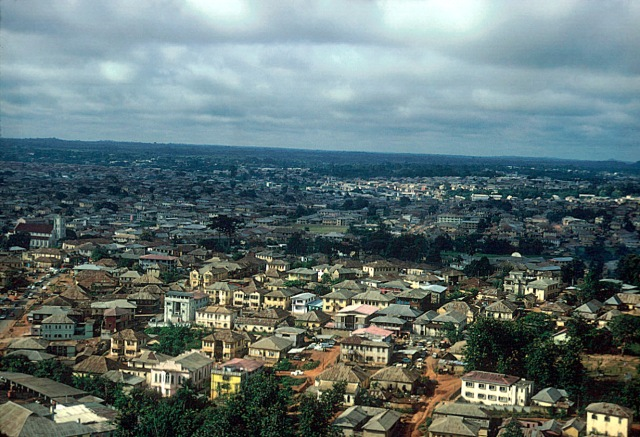 https://wayfromibadan.files.wordpress.com/2013/07/full_view_of_old_quarter_ibadan_1959.jpg?resize=640%2C437